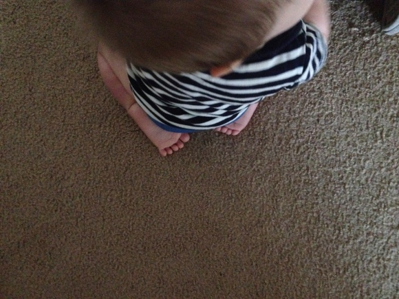 R.Simple Life | What is it about a baby sitting on his knees that makes him such a big boy?